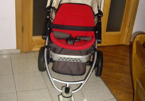 Parduodamas QUINNY suomiškas vaikiškas vežimėlis