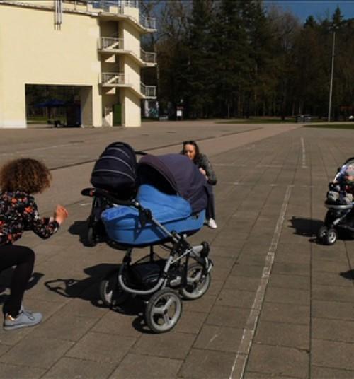 Simonos blogas: Kardio treniruotė lauke su vežimėliais