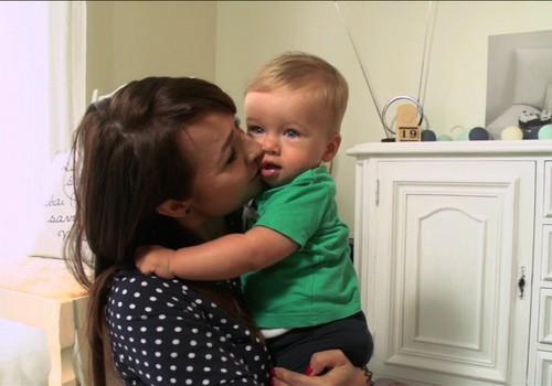 """VIDEO: Ar bendraudami su vaiku visada vartojame """"mes""""?"""