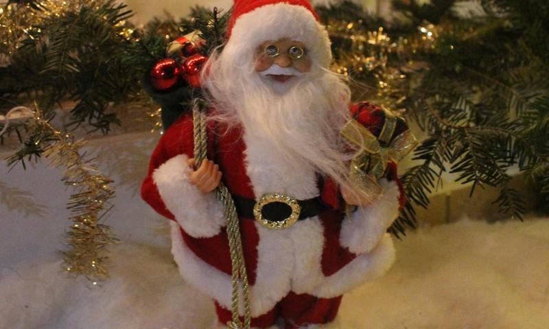 Šv. Kalėdų laukimas: puošiame namus