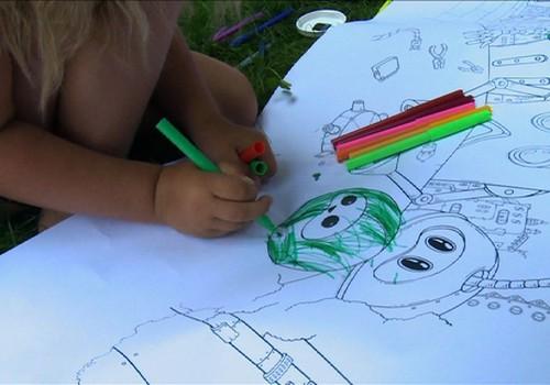 VIDEO: kaip vaikai gali piešti be ribų?