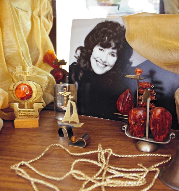 """Nelly Paltinienės neleidžiantys pamiršti dvasininkai: """"Darome viską, kad būtų išsaugotas dainininkės atminimas"""""""