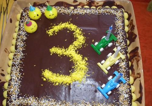 Domanto geltonas trečiasis gimtadienis