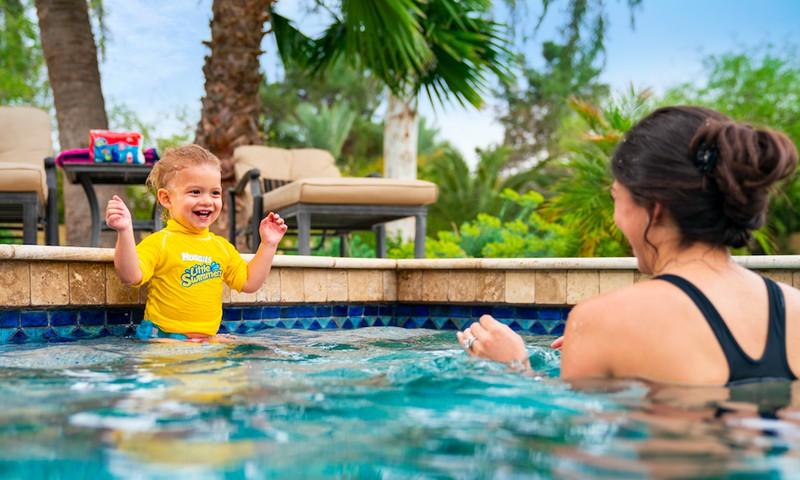 Pirmajam mažylio pasiplaukiojimui užtenka pusvalandžio