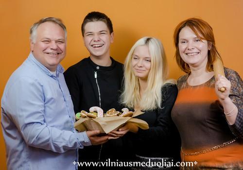 Vilniaus meduolių dirbtuvėlėse gimsta šimtametes tradicijas puoselėjantys skanėstai