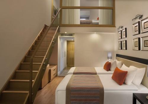Apgyvendinimas viešbučiuose su vaikais, arba Ar tikrai norite per atostogas dalintis lova su paaugliu?