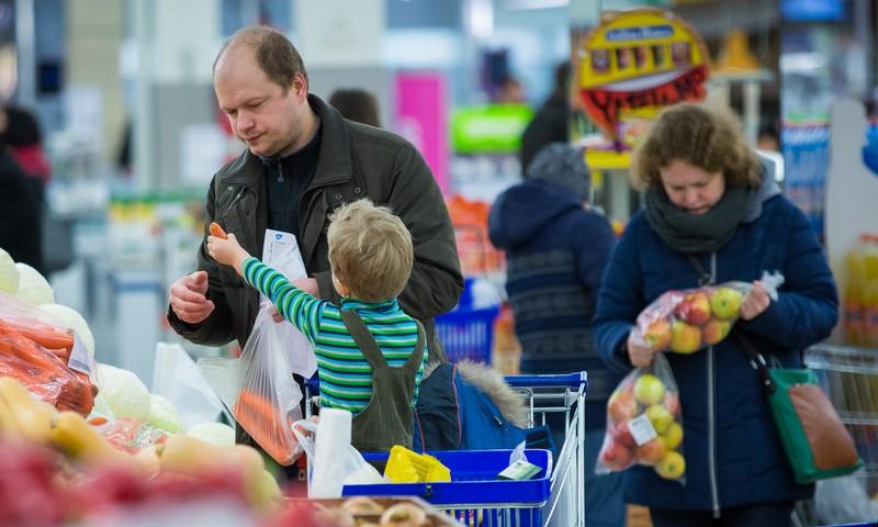 Ką daryti, kai vaikai atsisako valgyti vaisius ir daržoves?