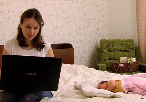 TV Mamyčių klubas 2015 02 07: tvarkome buitį internetu, nėštumo mitai ir tėvų klaidos
