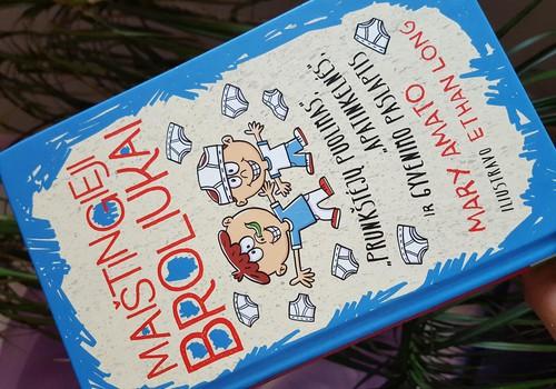 Broliukams broliška knyga :)