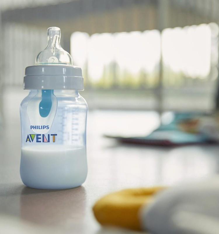 """""""Philips Avent"""" testavimas lapkritį: buteliukas prieš pilvo diegliukus"""