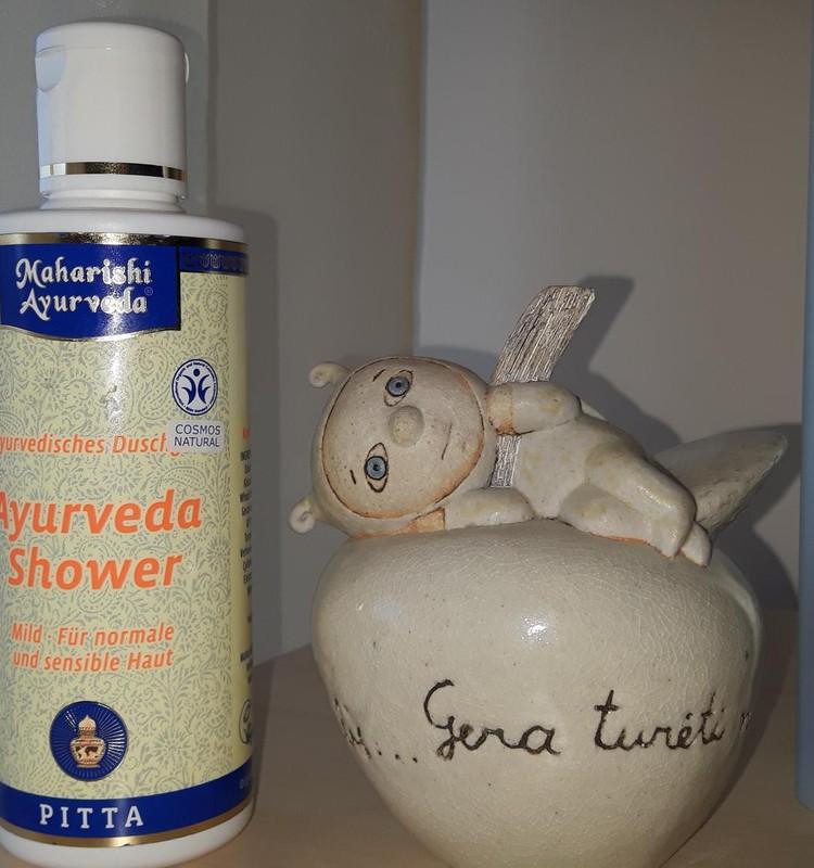 Ajurveda dušo gelis - kvapni dovana, nukelianti į Indiją