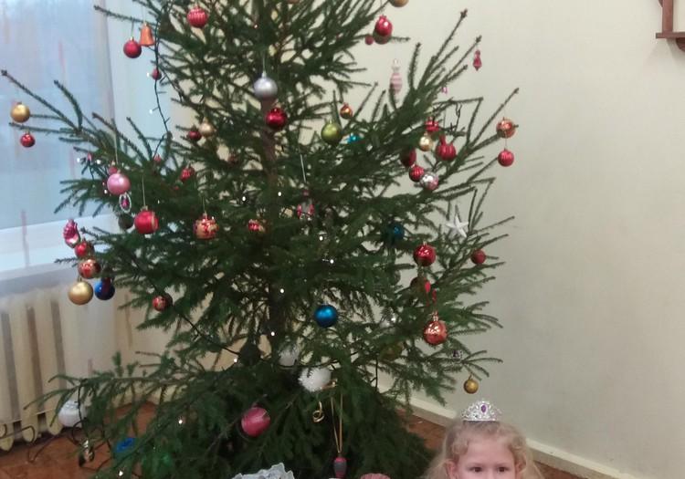 Žiemos blogas: Aistės Kalėdinė šventė darželyje :)