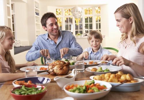 Kas vyksta šeimoje, kai mitybos įpročius keičia tik vienas narys?