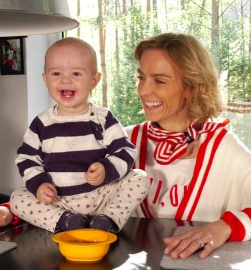 TV Mamyčių klubas 2019 05 12: renkame kūdikiui kosmetines priemones, saugomės nuo vabzdžių, pažindinamės su menu nuo mažens