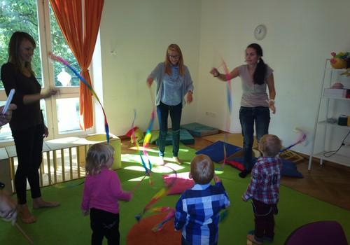 """Kaip gali pasikeisti vaiko elgesys pradėjus lankyti darželį? Atsako """"Vaikystės sodo"""" specialistės"""