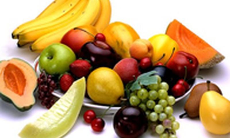 Kaip nuo vaisių pašalinti chemikalus?