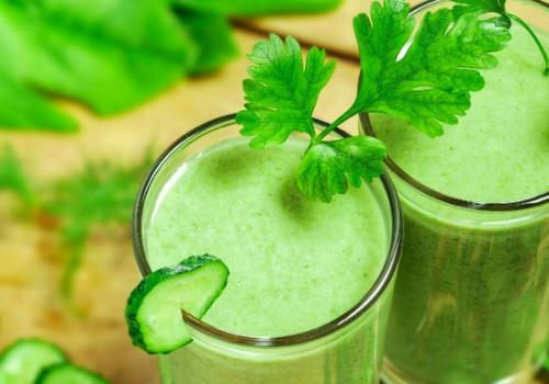 Pagalba per šventinį laikotarpį: 5 detoksikuojančių kokteilių receptai