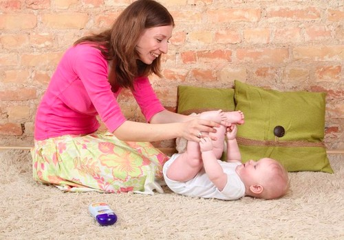 Raumenų tonuso pakitimai: kineziterapeutės patarimai ir pirmoji pagalba