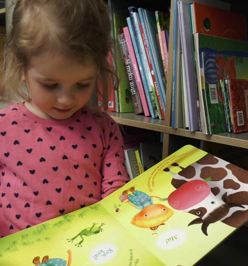 Kaip mokyti vaikus dalintis ir padėti kitiems?