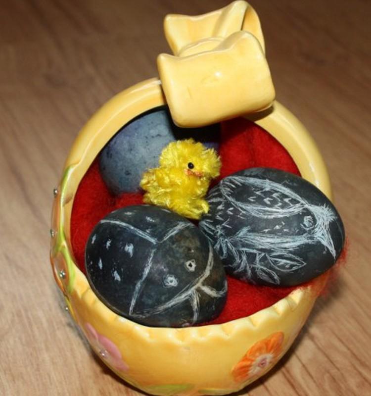 Kiaušinius pirmą kartą dažiau MĖLYNĖMIS