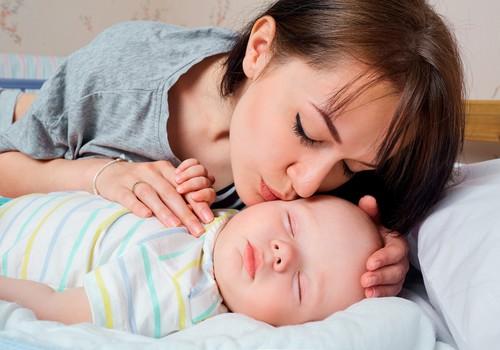 7 svarbūs ritualai prieš mažylio miegą