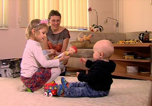 VIDEO Kaip bendrauti su vaiku: 3 patarimai
