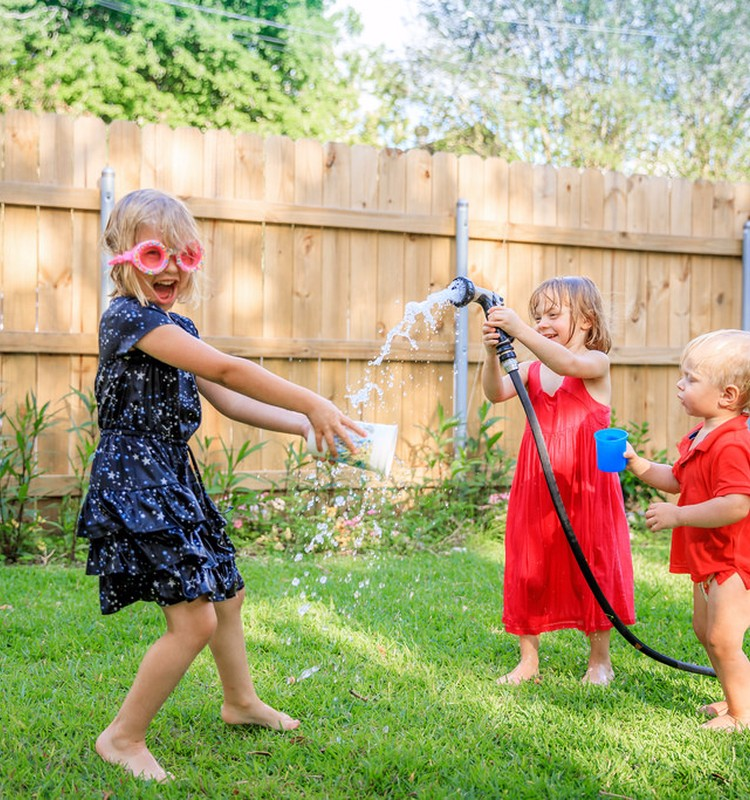 Joninės ir žaidimai: kelios idėjos, ką veikti su vaikais