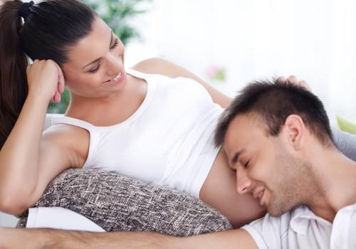 Ko tikisi moteris iš vyro, kai laukiasi?