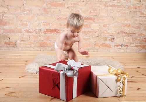 Kaip išrinkti dovanas skirtingo amžiaus vaikams: patarimai