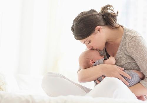 Mama: Noriu mažylį atpratinti nuo krūties - ar įmanoma be streso?