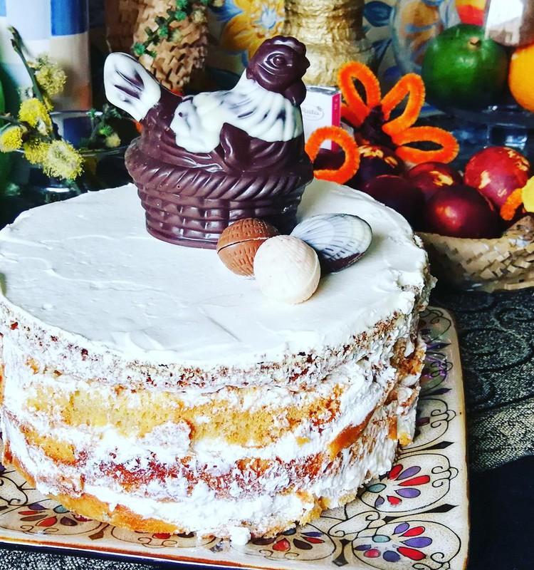 Velykų tortas su margučiais