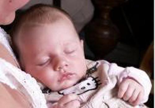 Kaip padėti kūdikiui įeiti į teisingą miego ritmą?