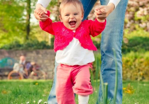 Kaip mažyliui išrinkti pirmuosius batukus rudeniui?