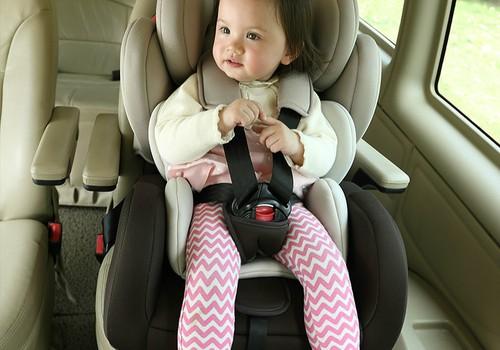 Kai vaikas nenori sėdėti autokėdutėje: mamų patarimai