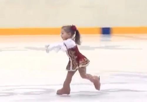 Jauniausiai čiuožėjai ant ledo - tik 2,5 metų
