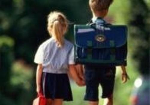 Lydėkite pradinukus į mokyklą!