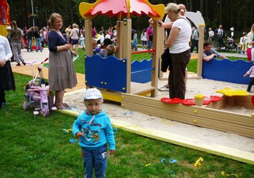 Šeimoms draugiška Palanga šeštadienį atidarė Vaikų parką