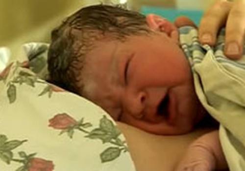 Psichologė: gimdymui reikėtų ruoštis vos pastojus