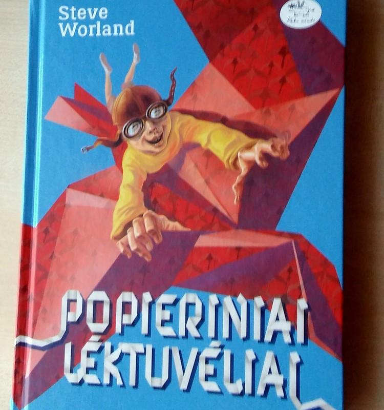 """TOKIA KASDIENYBĖ. Knyga """"Popieriniai lėktuvėliai"""""""