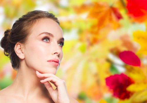 Kosmetologė pataria, kaip drėkinti veido odą rudenį ir žiemą