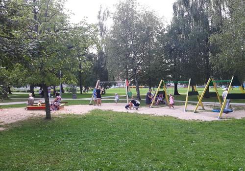 """VASAROS GIDAS: """"Beržynėlio"""" parkas - puikiausias parkas vaikams Šiauliuose"""