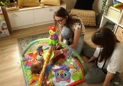 Lavinamieji užsiėmimai: Ką ir kaip žaisti su kūdikiu?