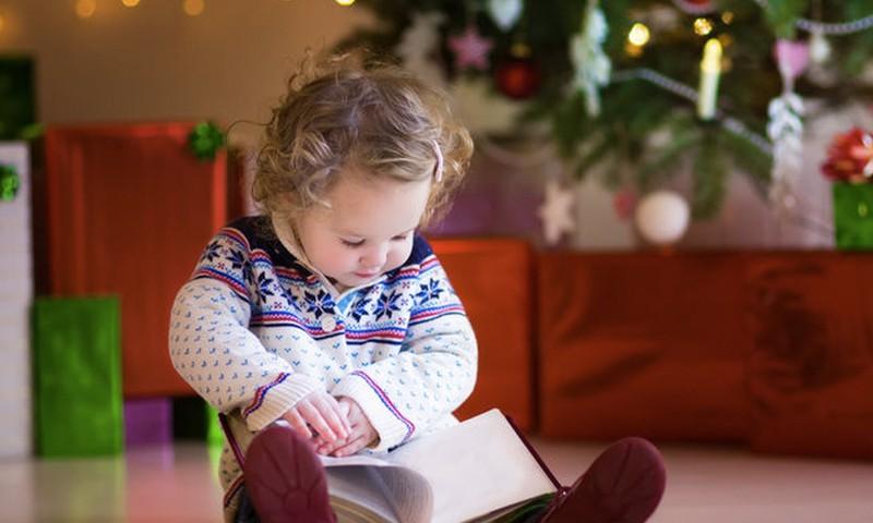 Kokių knygų vaikams dairytis prieš Kalėdas?