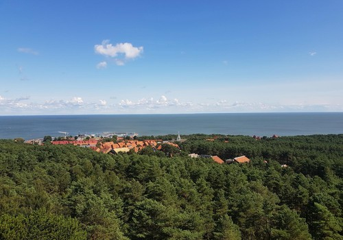 Vasaros gidas: Nidos švyturys ant Urbo kalno