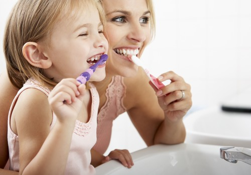 Vaikų dantų priežiūros ABC +VIDEO