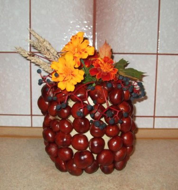 Kaštoninė vaza