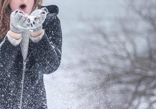 Artėja žvarba – nepamirškite apsaugoti veido odos nuo nušalimo: 5 patarimai