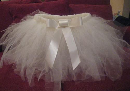 Tiulio sijonėlį galite pagaminti ir be siuvimo mašinos