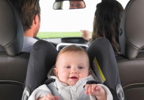 Kaip taisyklingai sodinti mažylį autokėdutėje?
