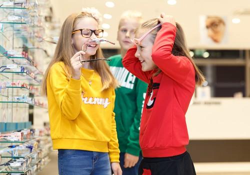 Ekspertė pataria, kaip tinkamai parinkti akinius vaikui ir kokių klaidų vengti